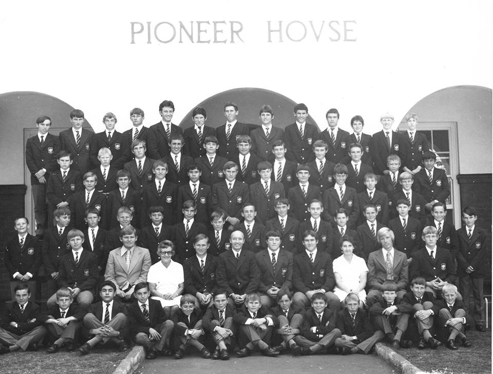 1976_pioneer_boarders_rob_clive_williamson