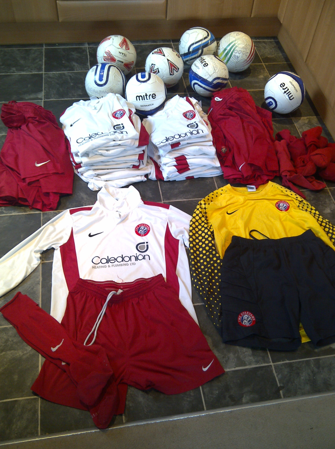 2015_donation_soccer_spartans_kit