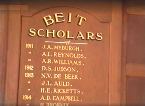 1990s_beithall_board_beit_auld
