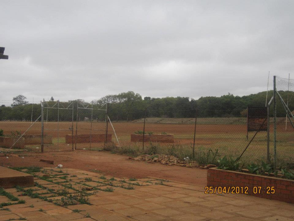 2012_fields_rugby_stands
