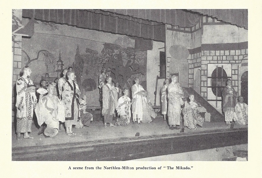 1954_play_mikado